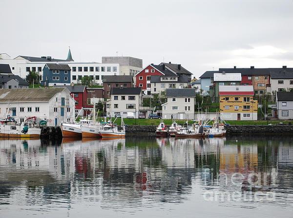 Phyllis Kaltenbach - Honningsvag Norway harbor