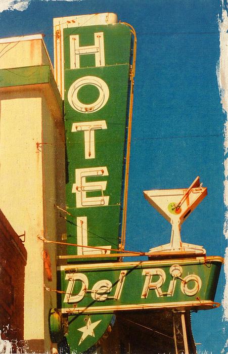Deanna Fainelli - Hotel Del Rio