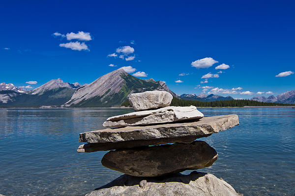 Maik Tondeur - Inukshuk at Upperlake