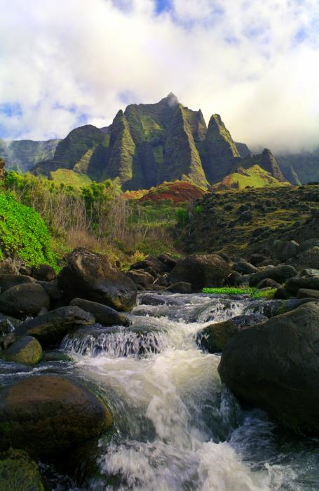 Kalalau Cathedral Print by Kevin Smith