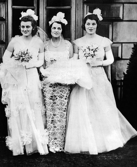 Kathleen, Rose, And Rosemary Kennedy Print by Everett