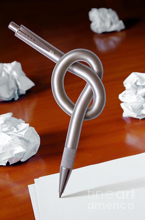 Knot On Pen Print by Carlos Caetano
