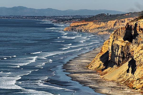 La Jolla Cliffs Over Blacks Print by Russ Harris