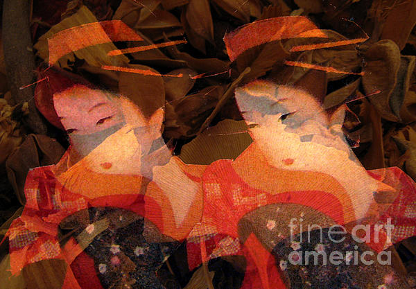 Patricia Januszkiewicz - Ladies with Ginkgo Leaves