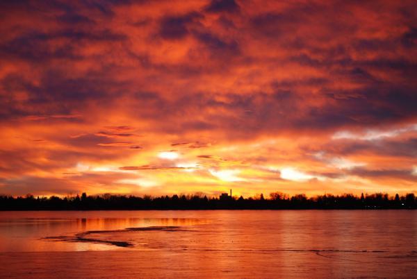Lake Loveland Sunrise Print by Billie Colson