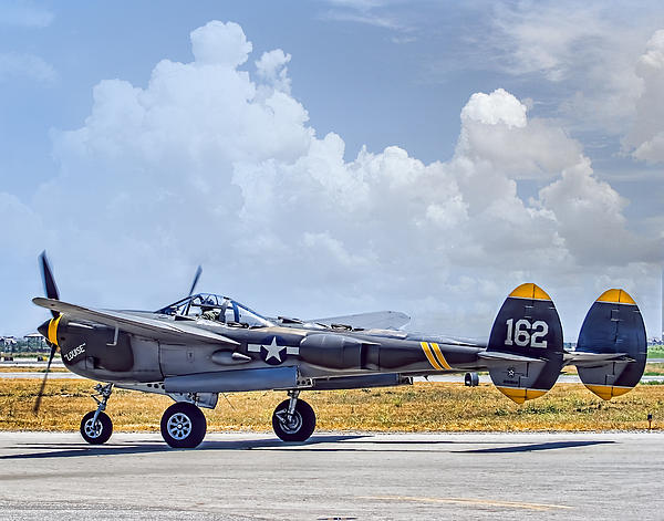 Steve Benefiel - Lockheed P-38 Lightning