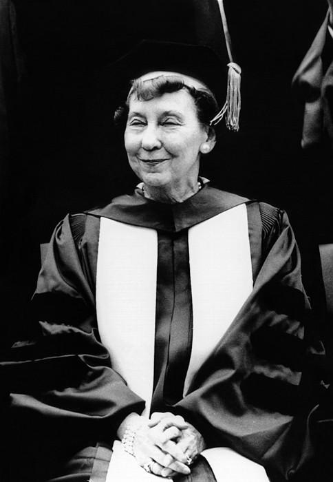 Mamie Eisenhower, Widow Of President Print by Everett