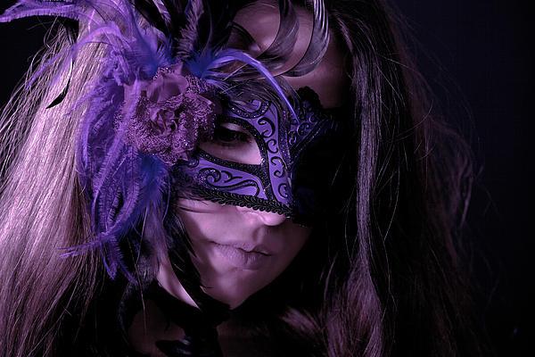 Mask Print by Joana Kruse