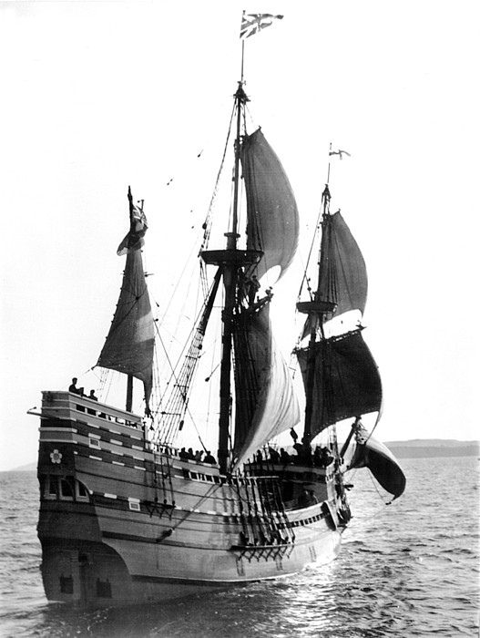 Mayflower II, Plymouth Harbor Print by Everett