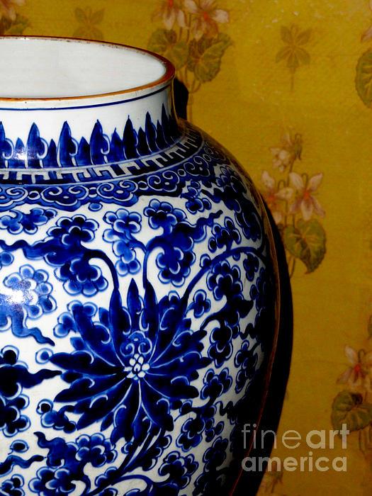 Al Bourassa - Ming Vase