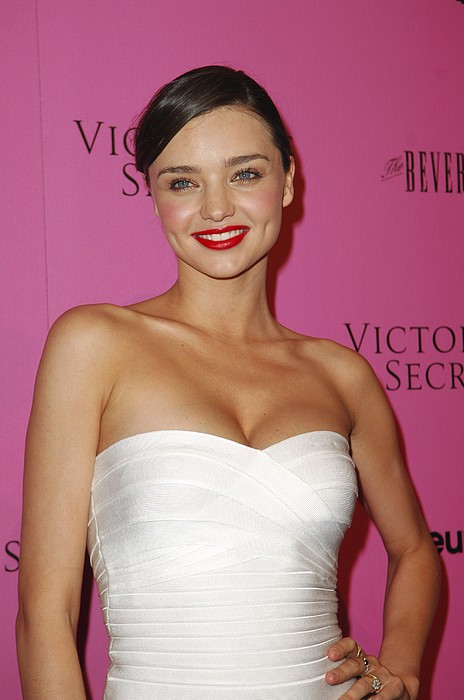 Miranda Kerr At Arrivals For Victorias Print by Everett