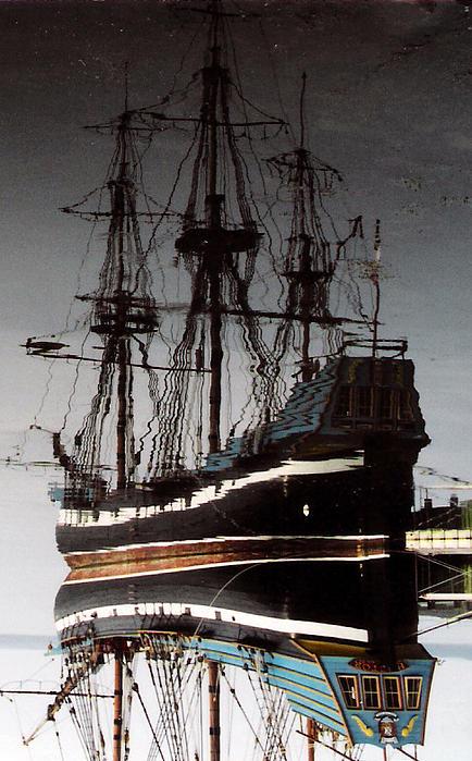 Christy Usilton - Mirror Ship