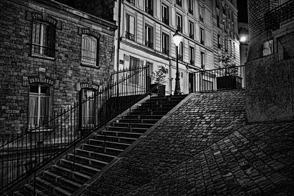 Wes and Dotty Weber - Montmartre After Dark D1755