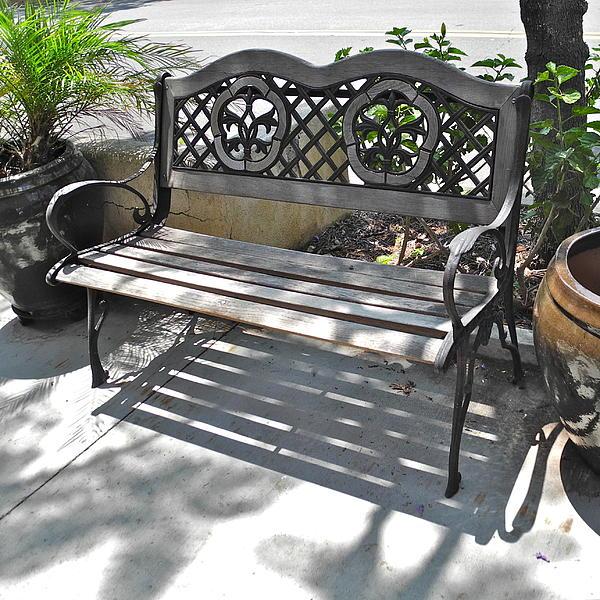 Kirsten Giving - Montrose Shopping Park Bench