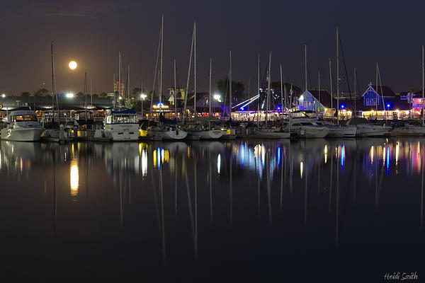 Heidi Smith - Moon Over The Marina