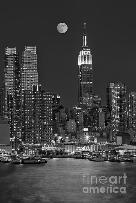 Moonrise Along The Empire State Building Bw  Print by Susan Candelario