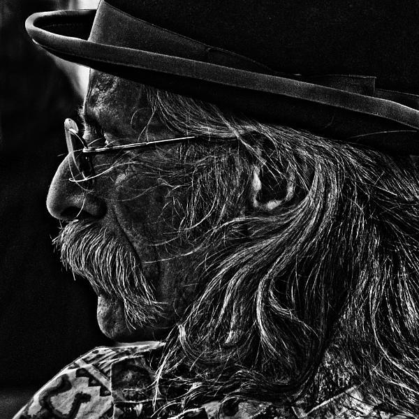 Larry  Depee - Music Man