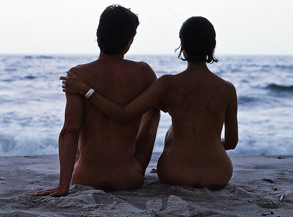 Naked Couple On Beach Print by Stan Fellerman