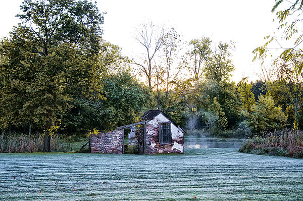 Narcissa Springhouse In Fall Print by Bill Cannon