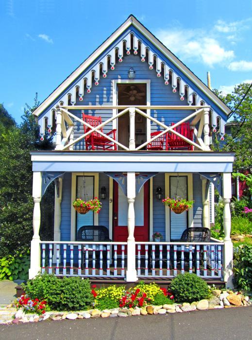Cottage cottages fences and gates doors etc pinterest for Gingerbread houses martha s vineyard