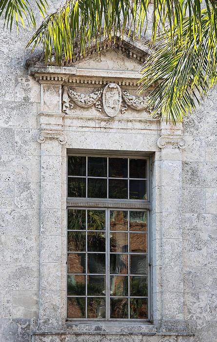 Rosalie Scanlon - Old Courthouse Window
