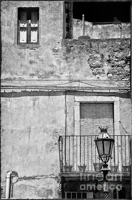 Silvia Ganora - Old house in Taormina Sicily