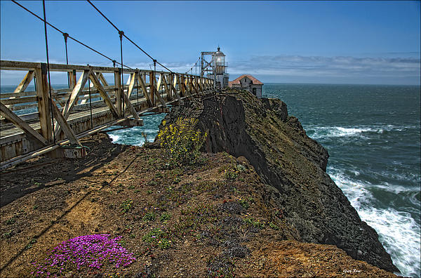 Gary Rose - Old SFO Lighthouse