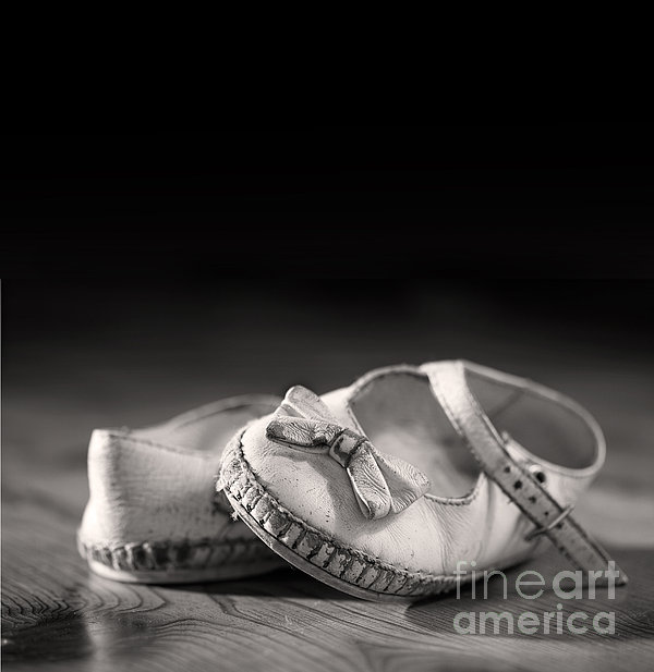 Old Shoes Print by Jane Rix