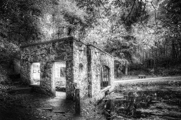 Old Spring House Print by Scott Norris