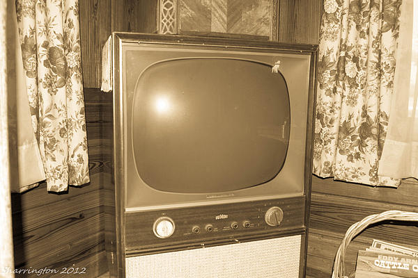 Old Television Print by Shannon Harrington