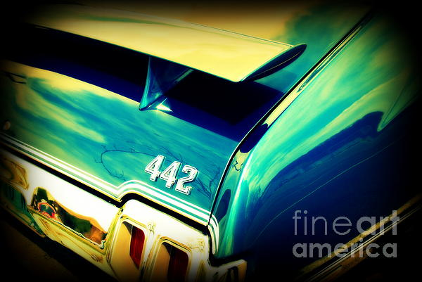 Oldsmobile 442 Print by Susanne Van Hulst