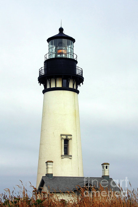 Christine Till - Oregon Coast Lighthouses - Yaquina Head Lighthouse