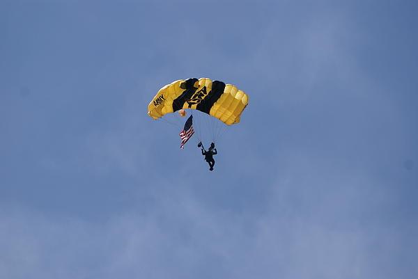 Heidi Poulin - Parachute