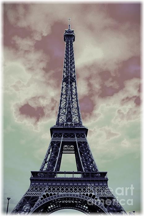 Carol Groenen - Paris Creative - Eiffel Tower Storm