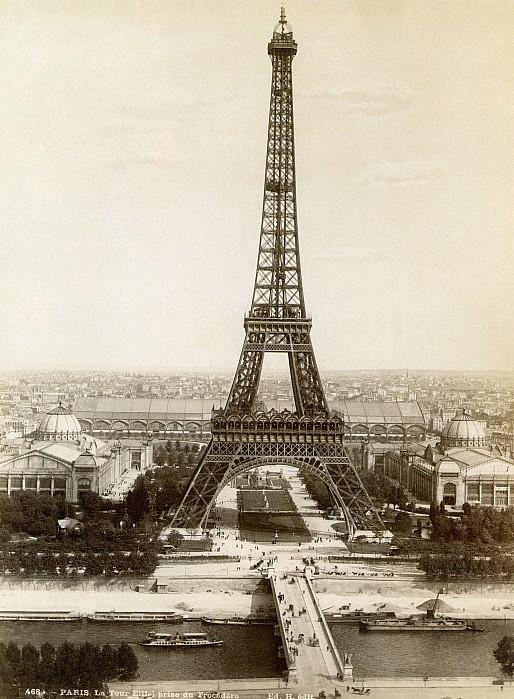 Paris: Eiffel Tower, 1900 Print by Granger