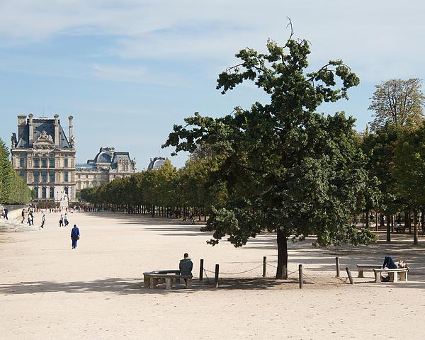 P S - Paris - Jardin des Tuileries