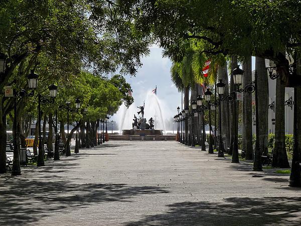 Paseo De La Princesa In San Juan Print by George Oze