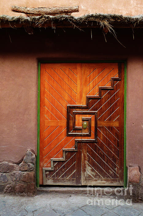 Xueling Zou - Peruvian Door Decor 15