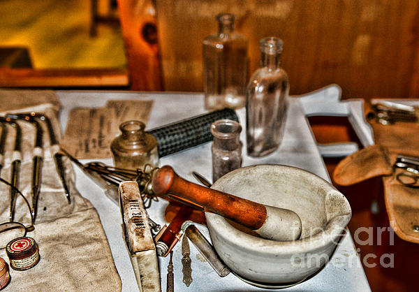 Pharmacist - Mortar And Pestle Print by Paul Ward