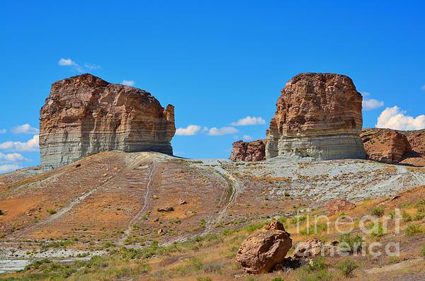 Donna Van Vlack - Pilot Butte Rock Formation IV