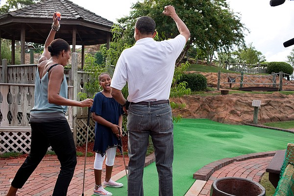 President Michelle Obama React Print by Everett