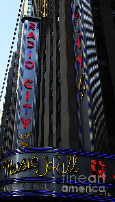 Radio City Music Hall Cirque Du Soleil Print by Lee Dos Santos
