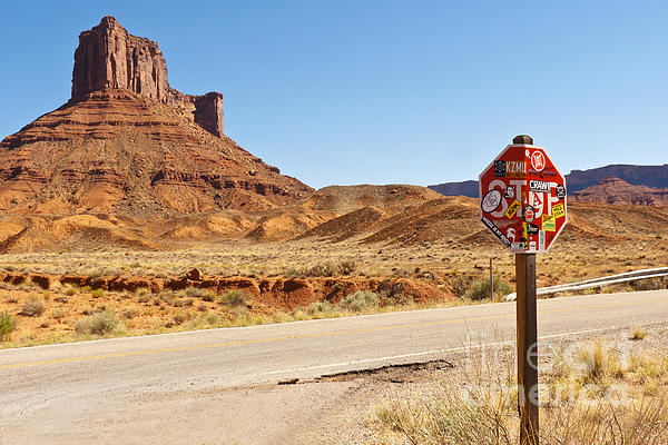 Red Rock Stop Print by Bob and Nancy Kendrick