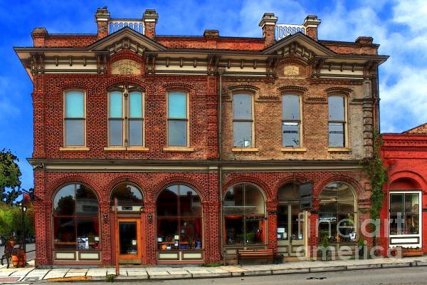 Redmens Hall - Jacksonville Oregon Print by James Eddy
