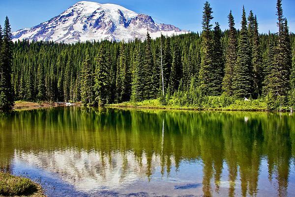 Joe Urbz - Reflection Lake