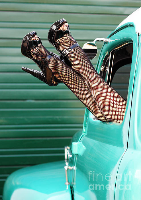 Val Armstrong - Retro Pinup Legs