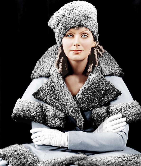 Romance, Greta Garbo, Portrait Print by Everett