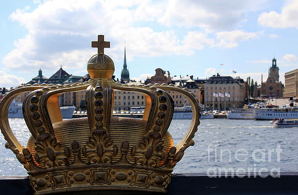 Sophie Vigneault - Royal Crown