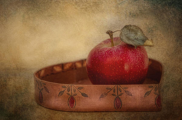 Robin-lee Vieira - Rustic Apple