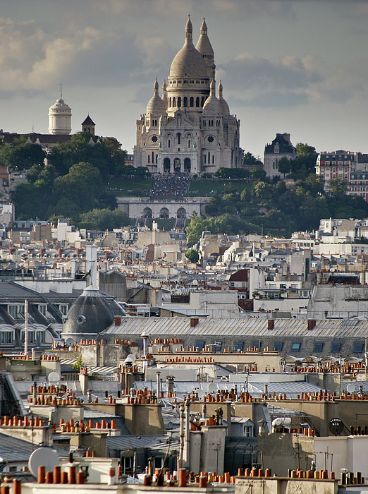 Sacre Coeur Rooftops Print by Gary Eason